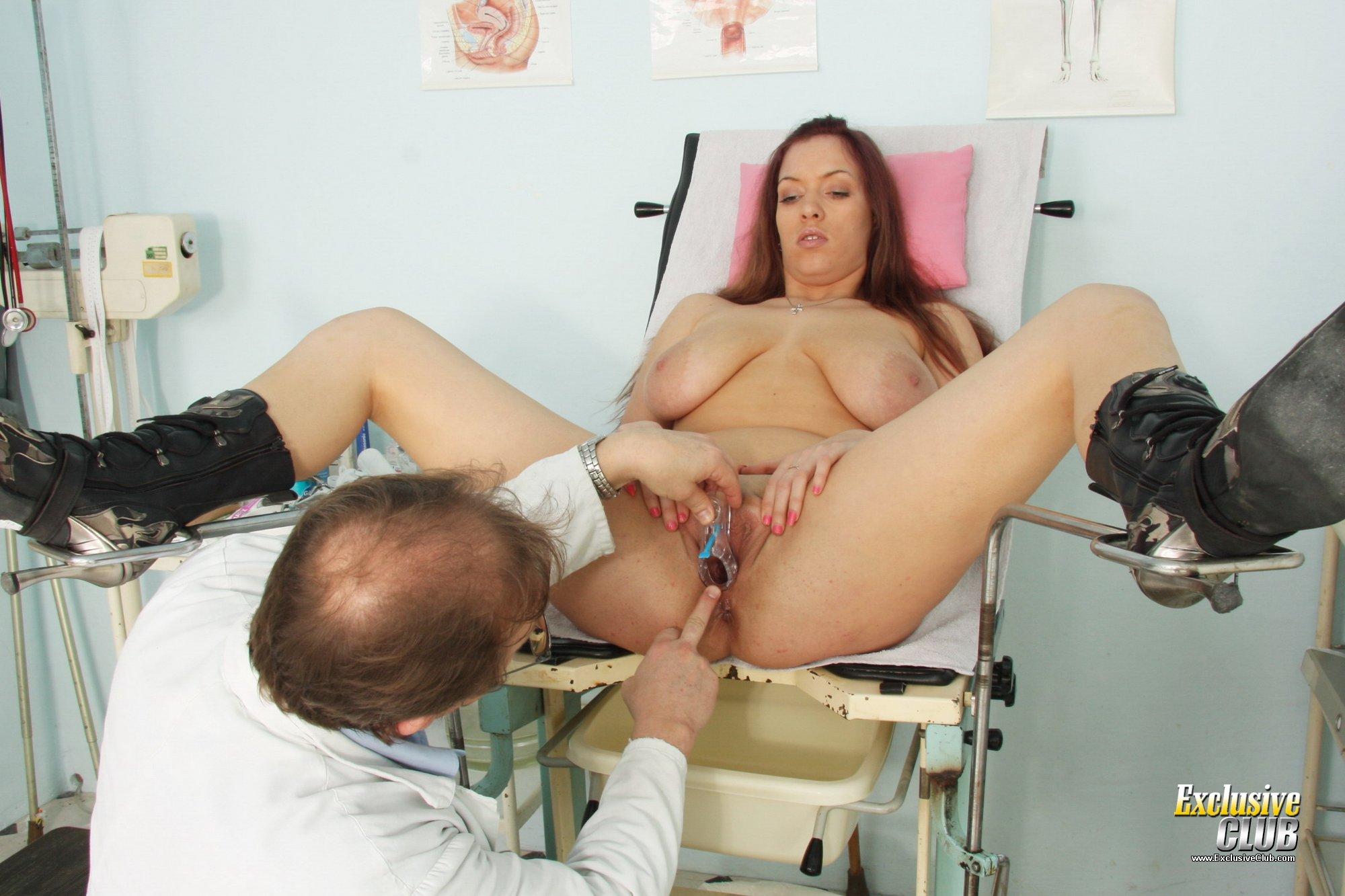 Gyno patient monika pussy speculum gyno clinic examination 9